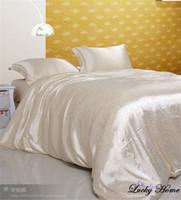 bedding brand names - Home textile Bedding set BRAND silk bed set Named duvet cover set Replica bed linen housse de couette came bedclothes Silk sheet