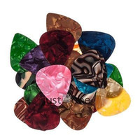 Wholesale 20pcs mm Useful Plectrums Vintage Celluloid Nitrate Guitar Picks Random Color