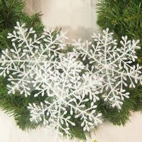 Wholesale 3PCS Christmas Holiday Party White Snowflake Charms Festival Ornaments Decor