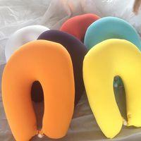 Livraison gratuite mousse oreillers souples U forme de protection du cou soins de santé pour le vol avion autobus voiture camping voyage maison bureau Siesta Rest Nap xmas