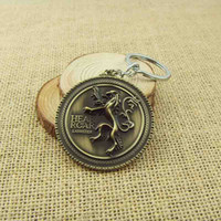 Wholesale HBO Game of Thrones Family crest Casterly Rock House Lannister color Keychain New Movie Jewelry