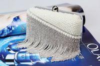 Wholesale Sparkling Crystal And Pearls Handbags Bridal Bag Tassels Party Handbag New Fashion Cluthes Sexy Club Small Bag