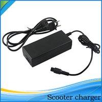 Chargeur pour scooter chargeur Chargeur de batterie universel pour le Royaume Uni scooter électrique intelligent planche d'équilibre du balancier AC chargeur adaptateur US Au UE