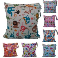 Wholesale 11 Patterns Cute Printtings Baby Protable Nappy Reusable Washable Wet Dry Cloth Zipper Waterproof Diaper Bag
