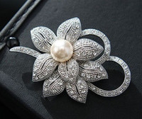 Wholesale Vintage Look White Gold Clear Rhinestone Crystal Diamante Cream Pearl Center Flower and Bow Wedding Bouquet Brooch