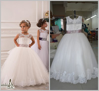 Wholesale 0141 Lace Crystals Sheer Neck Ball Gown Tulle Baby Girl Birthday Party Christmas Dresses Children Girl Party Dresses Flower Girl Dresses