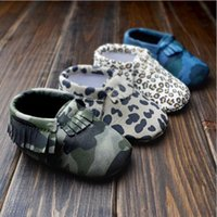 Wholesale Fashion Leopard Camouflage Newborn Baby First Walkers Moccasins Soft Moccs Kids Shoes Baby bow Prewalker booties Tassels Leather Shoes