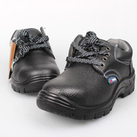 Wholesale Men boots Genuine leather winter shoes Black Work shoes Auto Repair Lined with wool safety shoes Hard Breathable leather