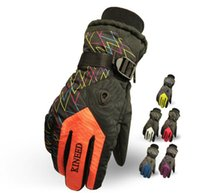 Wholesale new arrival Ski Gloves Snowboard Gloves Riding Winter Gloves Windproof Waterproof Snow Gloves