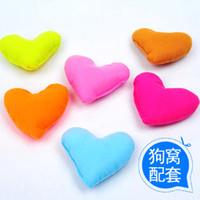 Wholesale 20pcs Plush Cute Cotton Heart Pillow Pet Toys For Large Dog Bite Resistant Soft Puppy Pet Toys puppy pad
