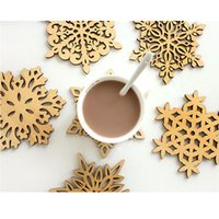Wholesale Europe Carved Wood Wooden Snowflake Drinks Up Holder Mat Different Pattern Set Natural Coasters Cup Mat Tablet Mat ects