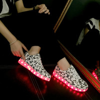 Wholesale 2016 Fitness Shoes Men Women Fashion Sport Running shoes Colors LED Lighted Lace Up High top Casual Sneakers USB charging couple sport sho
