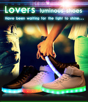 Wholesale LED Lighted Shoes Unisex Men and Women USB charging Colors lighting shoes Lace Up High top Casual Sneakers sport shoes