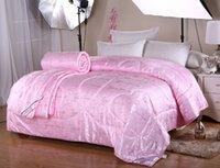 bedspread sales - Best sale luxury jacquard silk quilt comforter Duvet Bedspread bedding comforter high quality silk quilts
