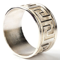 Wholesale Top Grade Alloy Silver Round Napkin Rings for Weddings Decor Table Napkin Holders Restaurant Service Tools Freeshipping order lt no tr