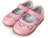 Wholesale girls shoes cow leather toddler shoes pink mary jane flower cutouts shoes for girls bebe children