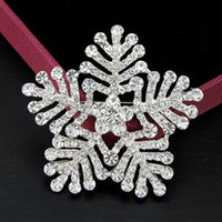 christmas brooch - Fashion crystal snowflake suit BROOCH With diamond quality goods selling Christmas jewelry gifts Fashion Jewelry
