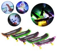 finger skate board - Mini Finger Skateboard With LED Light projection Professional Plastic Alloy Toys Board Skate De Dedos
