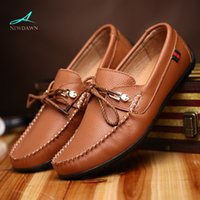 Wholesale Men loafers Soft and comfortable men flats for driving Genuine leather casual flat shoes for men New boat shoes