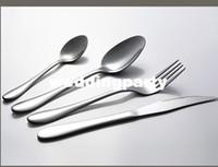 Wholesale Top quality western mirror polished stainless steel flatware cutlery sets dinnerware knife spoon fork kit