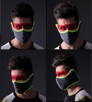 Wholesale New Winter Sports Pro Men Cycling Equipment BIKE RESPIRATOR Windproof Anti dust Breathable Warm Half Face Mask