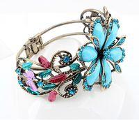 Wholesale Factory Price Cheap New Retro Flash Diamond Flower Color Accessories Female Personality Bracelet Bracelet N27734