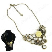 Wholesale New Women s Fashion Vintage Retro Wedding Solid Rose Pearl Style Short Necklace