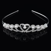 Vente en gros - Livraison gratuite Vente chaude bijoux de perles de mariage Set Boucles d'oreilles Fashion Tiara Costume nuptiale plaqué Crystal Silver Collier Coeur