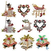Wholesale Brand New Christmas Crystal Rhinestone Jeweled Bell Snowman Deer Brooch And Pin Clothes Decor Beautiful Gift