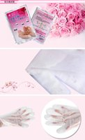 Wholesale 500bags Soft hands mask hydrating whitening Exfoliating Scrub callused hands care whitening nourishing hands mask care