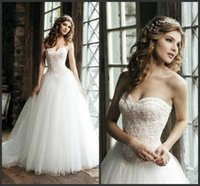 Wholesale 2015 New Style Elegant Ball Gown White Wedding Dresses Sweetheart Lace Beaded Appliques Pearls Floor Length Tulle Bridal Gowns