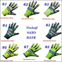 Wholesale Tinkoff Saxo Full Finger Cycling Gloves Fluo Yellow Green Men Women Winter Thermal Fleece Gloves Cycling Protective Gear M L XL