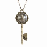 Wholesale Fashion Vintage Retro Jewelry Necklaces Dried Dandelion Seed Glass Locket Key Pendant Necklace with quot Rolo Chain N37