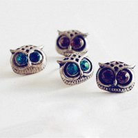 Wholesale 2015 Best selling Female Fashion Jewelry European and American Retro Fashion Jewelry Earrings Owl Earrings Exquisite Four color Stud
