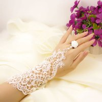high quality gloves - Charming White Gloves Short Lace Hot Selling Fingerless Pearls Ring Fashion Bridal Gloves In Stock Cheap High Quality P