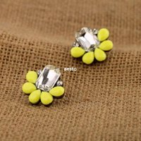 Wholesale Fashion Korea Style Elegant Fluorescence Yellow Resin Crystal Petal Earrings R601