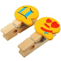 Wholesale Mini Wooden Peg Photo Postcard Clothes Clips Smile Face Expression Wedding Room Table Decoration Party Chic Craft