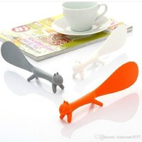Wholesale Random Color Lovely Kitchen Supplies Squirrel Shaped Ladle Non Stick Rice Paddle Meal Spoon TY500 spoon cutlery set