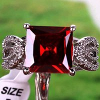 class ring - Fashion Princess Rings With Side Stones Top Class Square Cut Garnet White Topaz Gemstone Silver Size Burgundy Maroon Wedding Lady Ring
