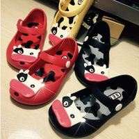 Wholesale Cute Cow TPU minion slippers Breathable rubber dairy cattle children house slippers spring autumn children slippers girls