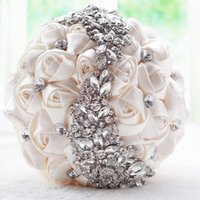 artifical rose - 2016 Gorgeous Crystal Wedding Bouquet Red Brooch Bouquet Wedding Accessories Bridesmaid Artifical Wedding Flowers Bridal Bouquets