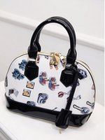 Wholesale Summer new handbag tide brand handbags aslant leather handbag leather handbags Ms shell package RL056