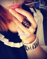 2015 La manera barata anillos Joyas y accesorios de anel feminino anillos de dedo del anillo de la flor del cordón Negro Oro recorte para las mujeres bague femme CPA266