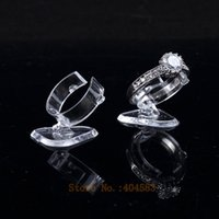 Wholesale Clear view elastic C circlePlastic Ring Display Stand Holder Rack Tabletop Decoration Stand