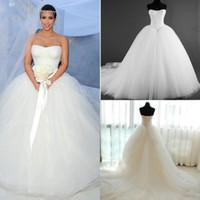 al por mayor nuevos vestidos de novia corset de tul-2015 Nuevas imágenes reales del vestido nupcial de Kim Kardashian del corsé Vestidos de boda sin tirantes de la línea A de la manera caliente de la venta Vestido nupcial de Tulle Gow Tulle