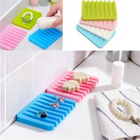 Wholesale Fashion Colorful Bathroom Silicone Flexible Soap Dish Storage Holder Soapbox Plate Tray Drain