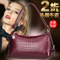 Wholesale 2014 new wave of European and American crocodile pattern leather handbags leather Ms portable shoulder bag Messenger bag woman packet