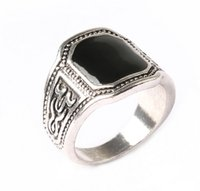 Cheap Silver Plated Black Precious Stone Characteristic Retro Style Carving Pattern Rings For Men Women Cluster Rings Jewelry Wholesale China