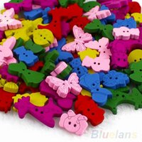 Wholesale Lovely Cartoon Animal Wooden Buttons Holes Knopf Bouton For Kids Baby Q78