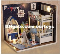 Wholesale Creative DIY Wooden Doll House New Design Miniature Kits Assembling Toy Face The Sky Dollhouse